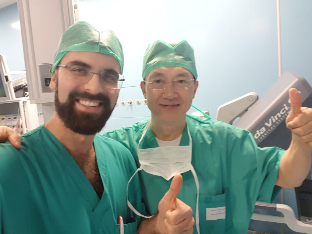 Dr. Sturiale con Dr. Ren Dong-Lin alla LIVE SURGERY